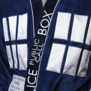 ec64_doctor_who_bathrobes_detail