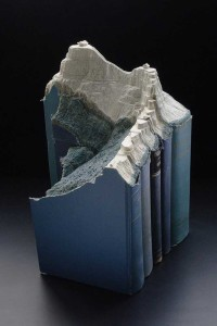 Book Scultpture - Mountains